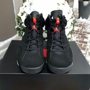 Other - 2019 Nike Air Jordan 6 Retro Infrared